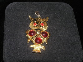 Vintage Red Jelly Round Rhinestone Goldtone OWL on a Branch Pendant - $18.69