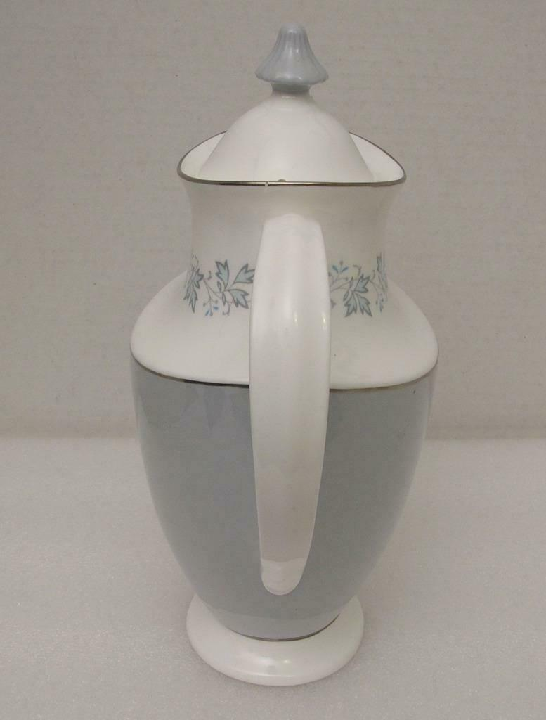 Primary image for LYRIC by Royal Doulton 4 CUP COFFEE POT & LID H4948 Blue Leaves on Rim - England