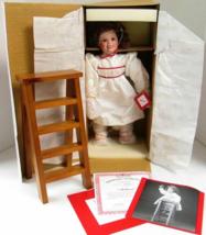 Aston Drake Mellisa Vintage Doll  Christmas - $32.17