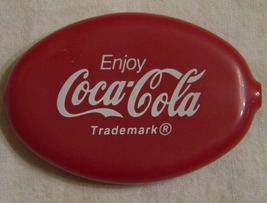 Vintage Coca-Cola red vinyl coin purse keychain purse  image 1