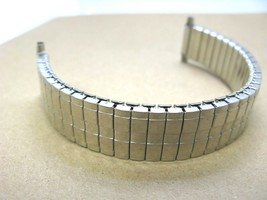 vintage quality expansion twist watch band 15mm to 21mm wide - $17.76