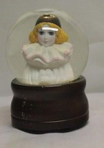 Vintage Schmid Somebody Loves Me Musical Snow G... - $9.89