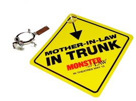 2005 MONSTER-IN-LAW Movie Promotional KEYRING & CAR SIGN Mother In Law I... - $6.99