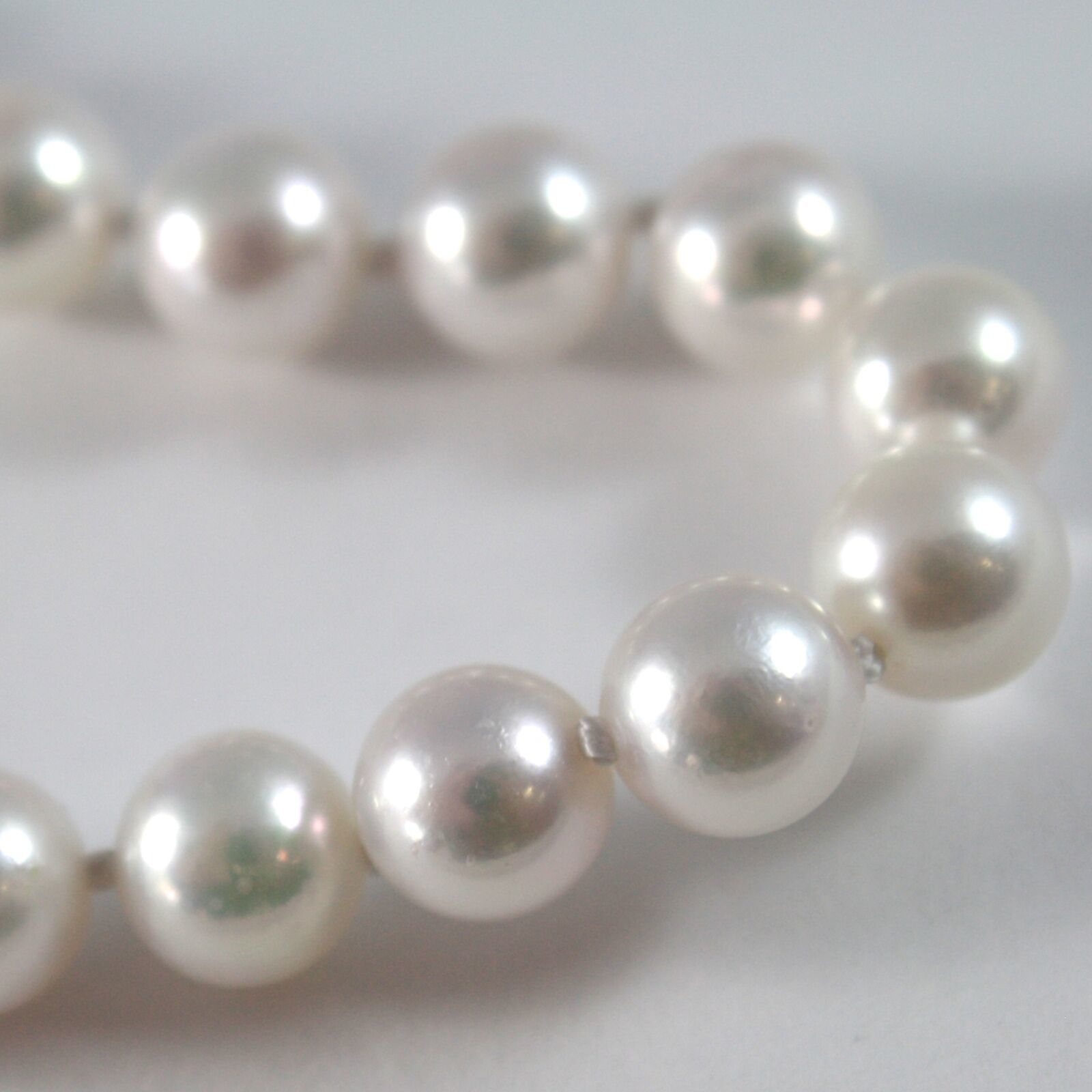 BRACELET OR BLANC 750 18K, FIL PERLES BLANCHES AKOYA DIAM 8 MM, LONG 19 CM