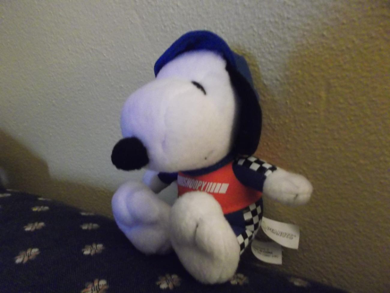 "Met Life Racing Snoopy ""Peanuts""  Sitting Plush Doll"