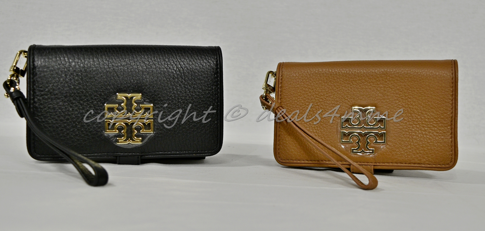 5d52a05686bb Tory Burch Britten Pebble Leather Smartphone and 50 similar items. S l1600
