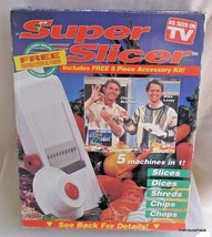Super Slicer includes Free 5 Piece Accessory Kit Slices Dices Shreds Chi... - €8,97 EUR