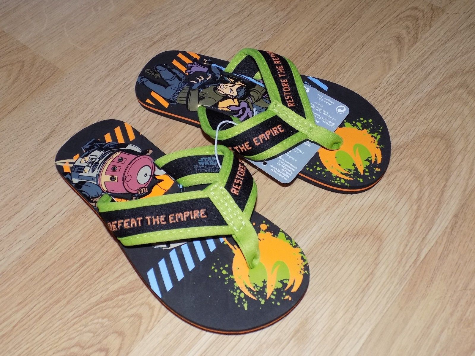 Boy's Size 9-10 Disney Store Star Wars Rebels Green Black Flip Flops Shoes New