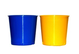2 PLASTIC BUCKETS MADE USA BLUE YELLOW PAIL LEAD FREE RECYCLABLE NO BPA - $27.68