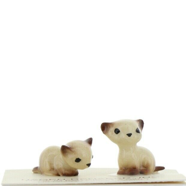 Hagen Renaker Miniature Cat Siamese Tiny Kittens Lying and Sitting Set of 2