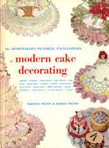 WILTON Homemaker's Pictorial Encyclopedia of Modern Cake Decorating - 19... - €8,75 EUR