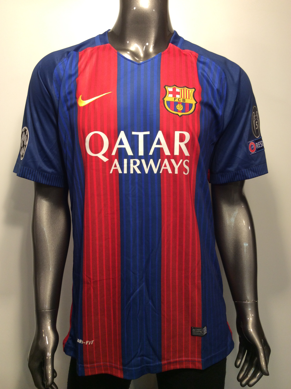 huge discount c999e 7ea73 2017 Barcelona Nike Lionell Messi #10 XL Champions league soccer jersey