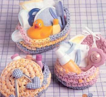 Rag crochet patterns Fabric Gift Baskets,  baby baskets