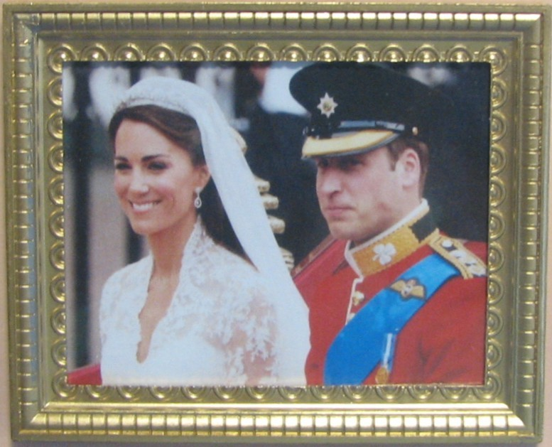 DOLLHOUSE Will & Kate After Wedding Photo Jacquelines 9972 Royal Miniature