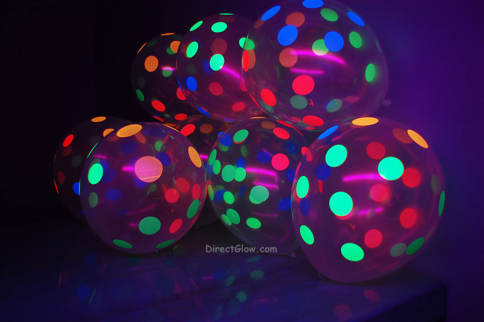 100 Pack Clear Latex 11 inch UV Blacklight Reactive Neon Polka Dot Balloons