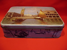 Vintage MacFarlane Lang & Co. Biscuits Cookie Tin Souvenir SAILBOATS Col... - $9.95