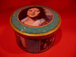 Vintage Rembrandt Tour Eiffel Tower Paris Bonbons French Candy Tin Souve... - $9.95