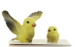 Hagen Renaker Miniature Canary Pa and Chick Ceramic Bird Figurine Set of 2