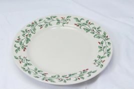 """Holly Berry Dinner Plates Made in China 10.75"""" Lot of 11 image 5"""