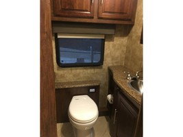 2017 COACHMEN SPORTSCOACH CROSS COUNTRY 407FW For Sale In League City, TX 77573 image 10