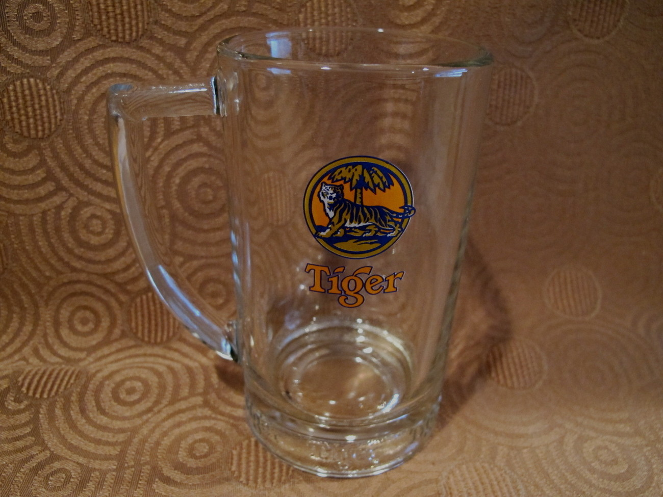 TIGER BEER Mug Vintage Souvenir Glass Stein Singapore Brewery Asian