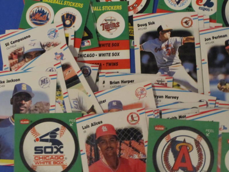 1988 Fleer Baseball 22 Logo Stickers & 132 Trading Cards image 3