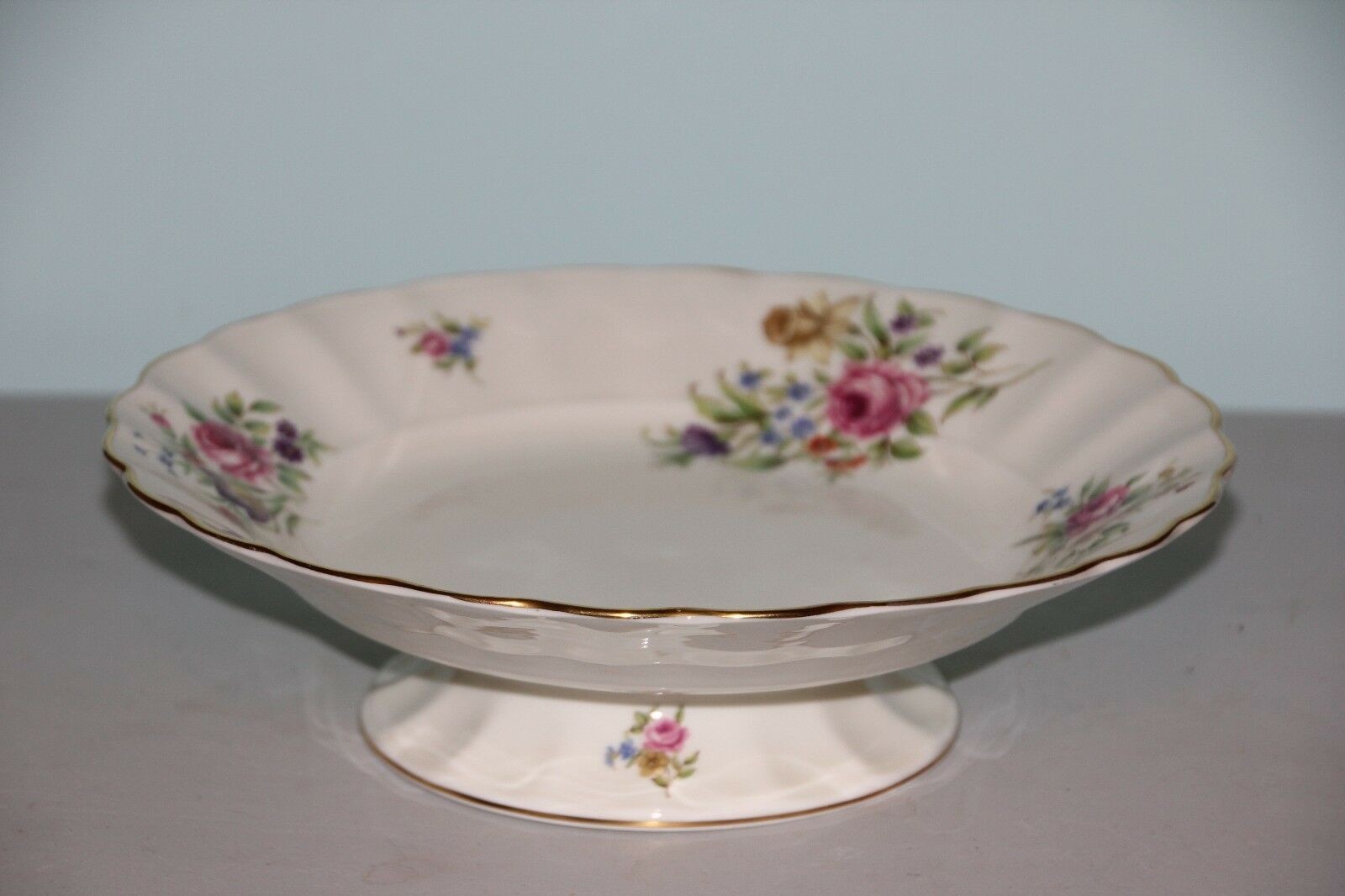 Primary image for Royal Worcester Pedestal Serving Dish - beautiful Roanoke pattern