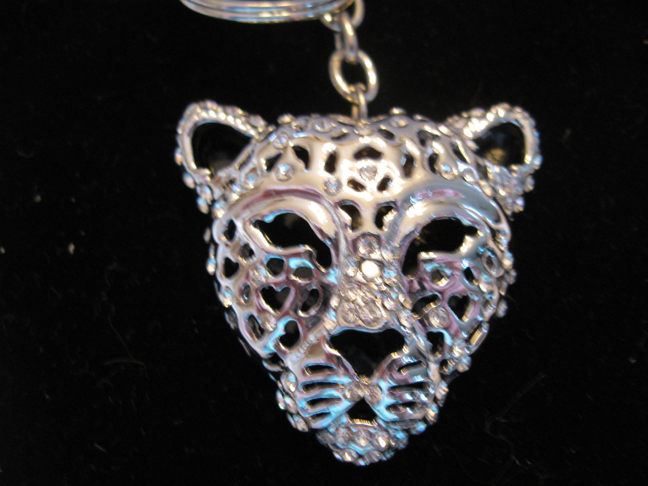 KEY CHAIN, CAT LOVERS with Swarovski Crystals