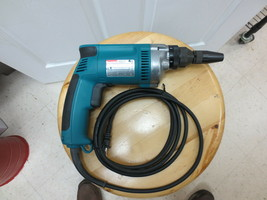 Makita #6827 Drywall Screwdriver, 6.5 AMP, 2500RPM, 6 Torque Settings- Corded - $89.99