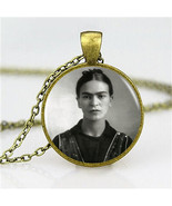 Wholesale Frida Kahlo Pendant Frida Kahlo Photo Necklace Vintage Bronze ... - $5.50