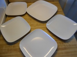 white plastic square plates in 2 sizes lot of 5... - $19.55