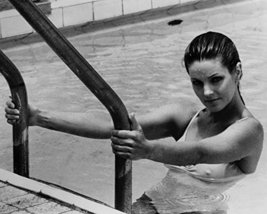 Priscilla Presley Sexy In Swimsuit In Pool 1980'S 16X20 Canvas Giclee - $69.99
