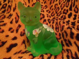Fenton Green Satin Frosted Sitting Cat with Handpainted Flowers - $22.28