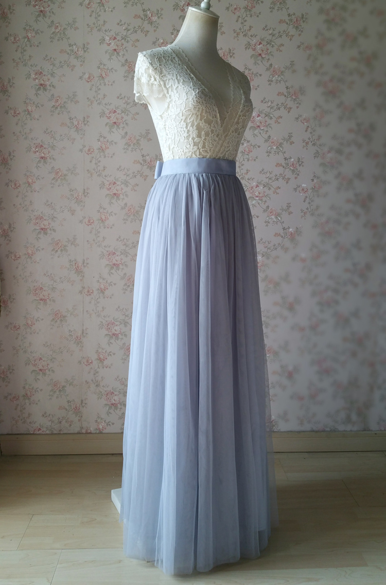 Tulle skirt light gray 27 knot 4