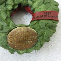Vintage 1987 Hallmark Keepsake Ornament Wreath of Memories in Original Box image 4