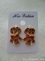 "2001~AVON~Christmas Gold Tone Red Enamel~CANDY CANE~5/8""~Pierced Earring... - $8.88"
