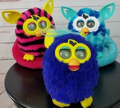 Lot of 3 Hasbro Plush Vintage Furbys W/Couch Sofa Pad Bed  - $125.99