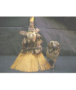 2 OWL FIGURES W REAL FEATHERS HANDMADE ANIMAL BIRDS VTG DECORATIVE COLLE... - $15.00