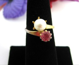 Faux PEARL and PINK Rhinestone WRAP RING Vintage Goldtone Size 6 Costume... - $14.99