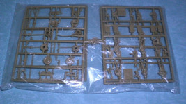 ESCI 8033, German Soldiers Smoke Units, 1/72 Scale Plastic Model Kit NO BOX - $13.99