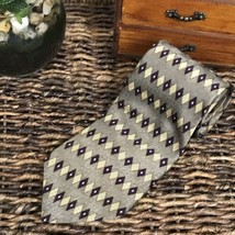 Vintage NEO Bill Blass 100% Silk Designer Neck Tie Gray, Purple, Gold 56... - $9.85