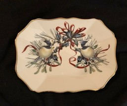 Lenox Winter Greetings Scalloped Serving Dish - $13.20