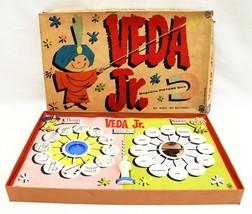 VINTAGE Pressman Veda Jr. Magnetic Picture Quiz Board Game - £35.99 GBP