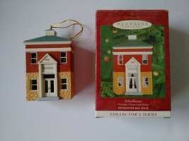 Hallmark Keepsake Schoolhouse 2000 Nostalgic Houses & Shops 17 Don Palmi... - $9.89