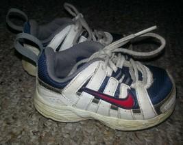 NIKE White Leather Infant-Toddler Sneaker Boys Size 5 - $6.79