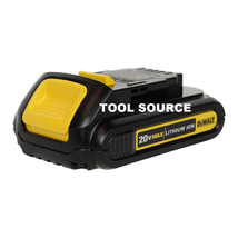 NEW DEWALT 20V MAX 1.5Ah LITHIUM ION COMPACT BATTERY DCB201 (BATTERY ONLY)  - $40.02