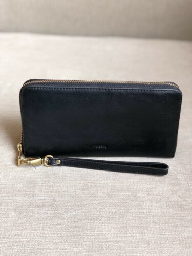 NWT Fossil Emma Black RFID Large Zip Around  Wristlet Leather Clutch Wallet!