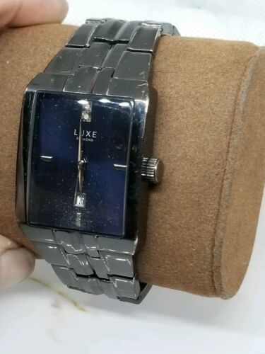 Vintage Mens Luxe Diamond / Date Dress Watch New Battery Works image 3