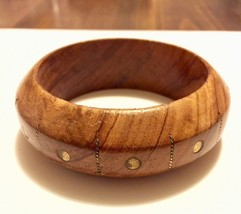 Carved wood domed vintage chunky bangle bracelet with brass inlay - $9.00