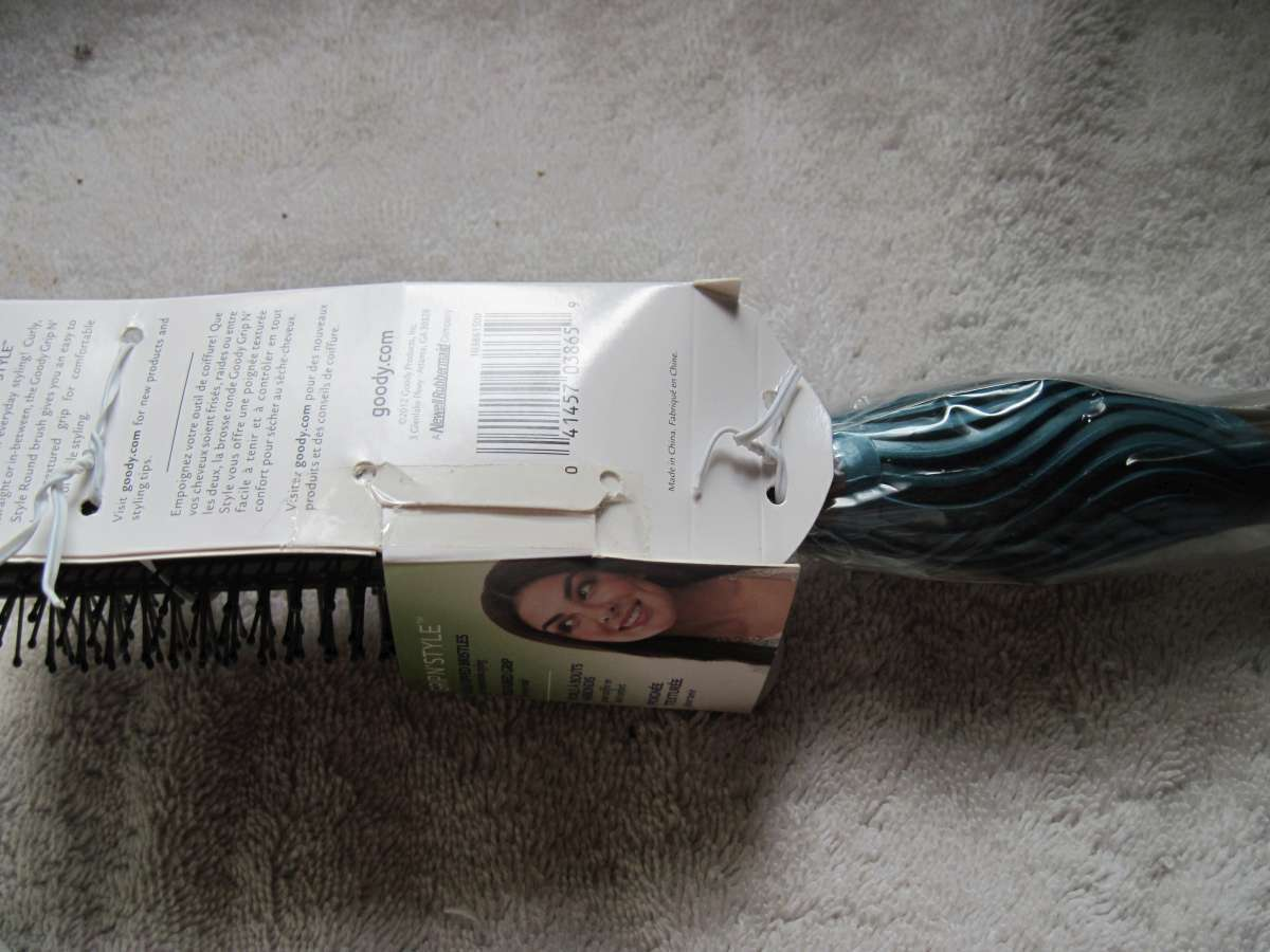 Gray Goody Wavy Comfort Shape Grip & Style All Purpose Styling Round Hair Brush